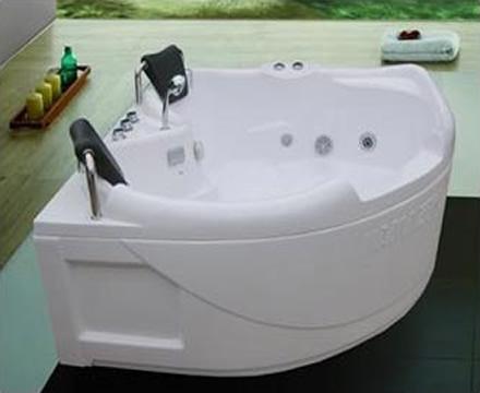 http://noithatphuongdong.com.vn/bon-tam-massage-amazon-tp-8000a