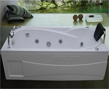 http://noithatphuongdong.com.vn/bon-tam-massage-amazon-tp-8002