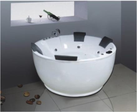 http://noithatphuongdong.com.vn/bon-tam-massage-govern-js-8185